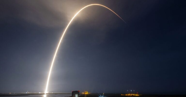SpaceX's internet-from-space Starlink system helping first responders fight fires in Washington